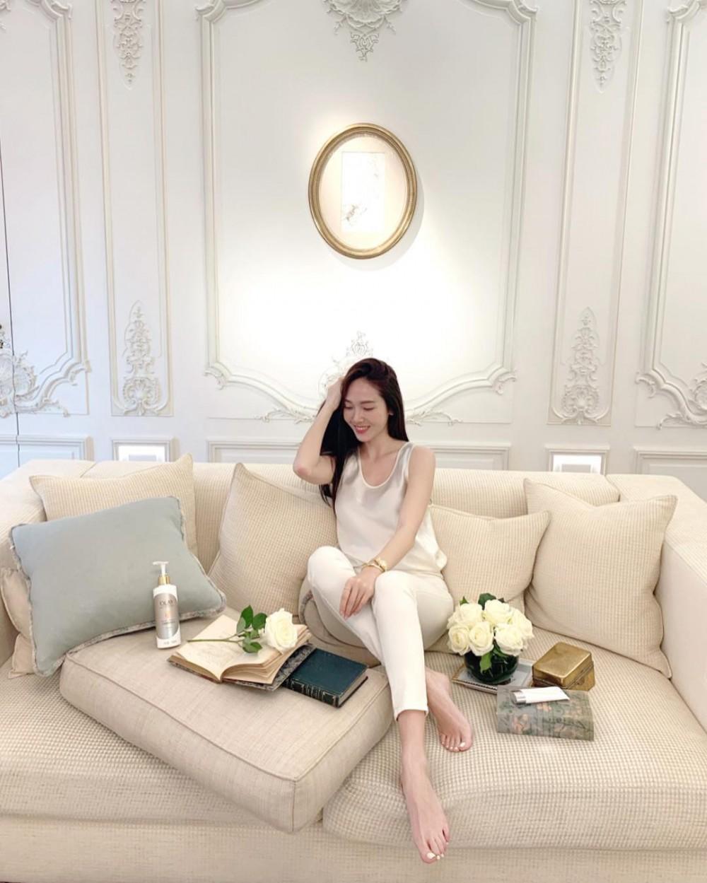 Jessica.syj's Instagram