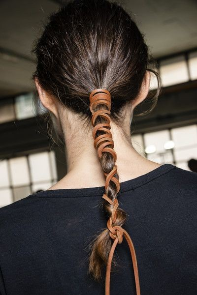 【武漢肺炎】束起頭髮有助減少沾染細菌機會 3個口罩下的髮型推介