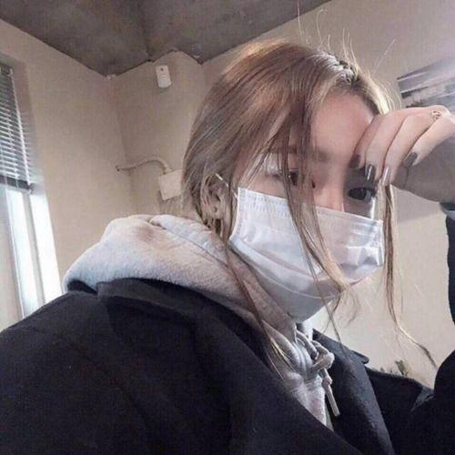 世界很危險,又流感又肺炎,出街戴口罩絕對是衛生意識。不過,有否發現自從戴了口罩,皮膚開始愈來愈差