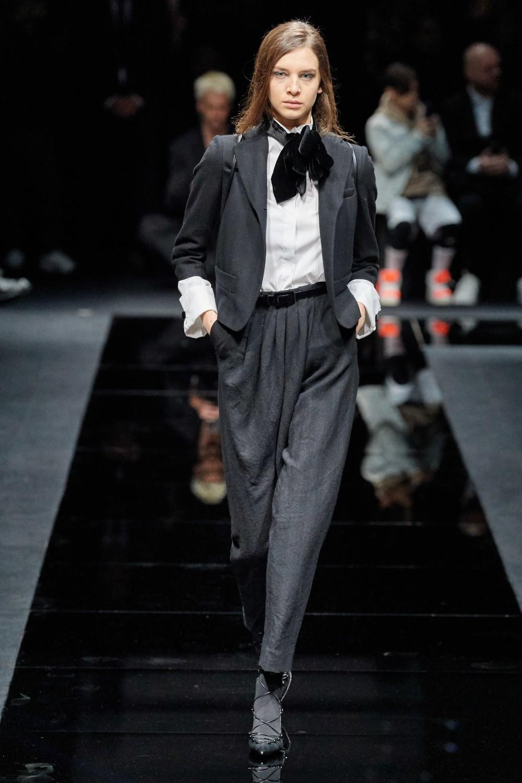 【米蘭時裝週】Emporio Armani的嫵媚誘惑!Giorgio Armani帶來自信和權力的象徵!