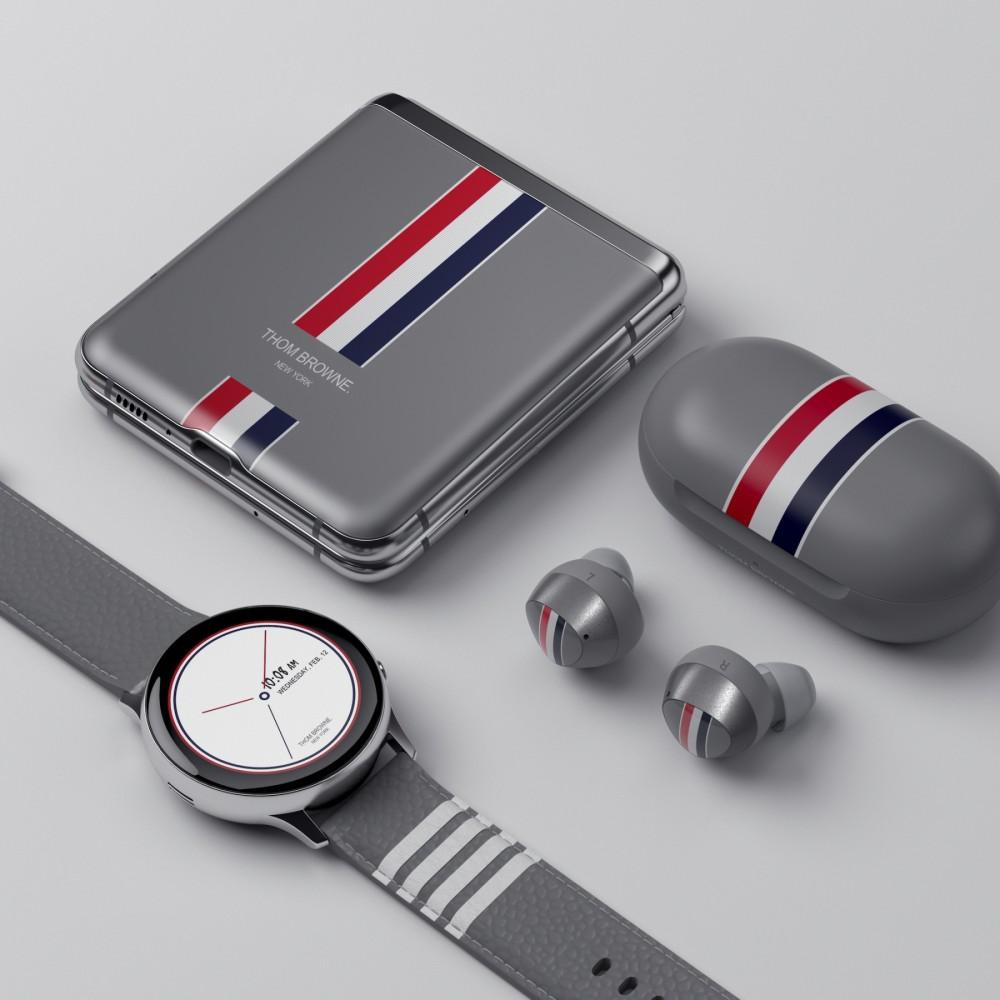 時尚和科技的完美合作!Thom Browne和Samsung攜手帶來限量Galaxy Z Flip系列!