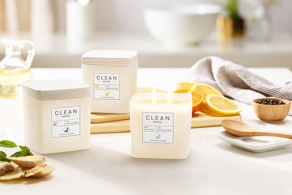 CLEAN SPACE Soy Blend Candle