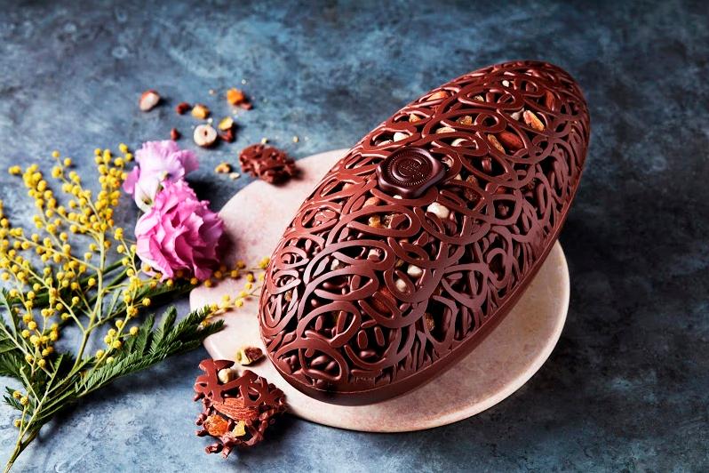 MARKS & SPENCER The Collection Handmade Fruit Nut Milk Chocolate Lattice Egg