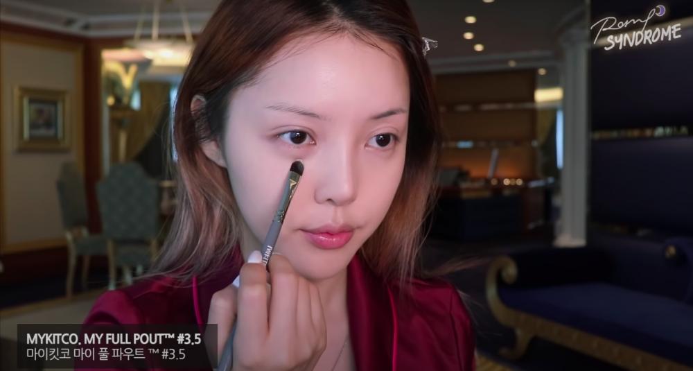 介紹美妝達人Pony、Catie 必推的化妝工具8