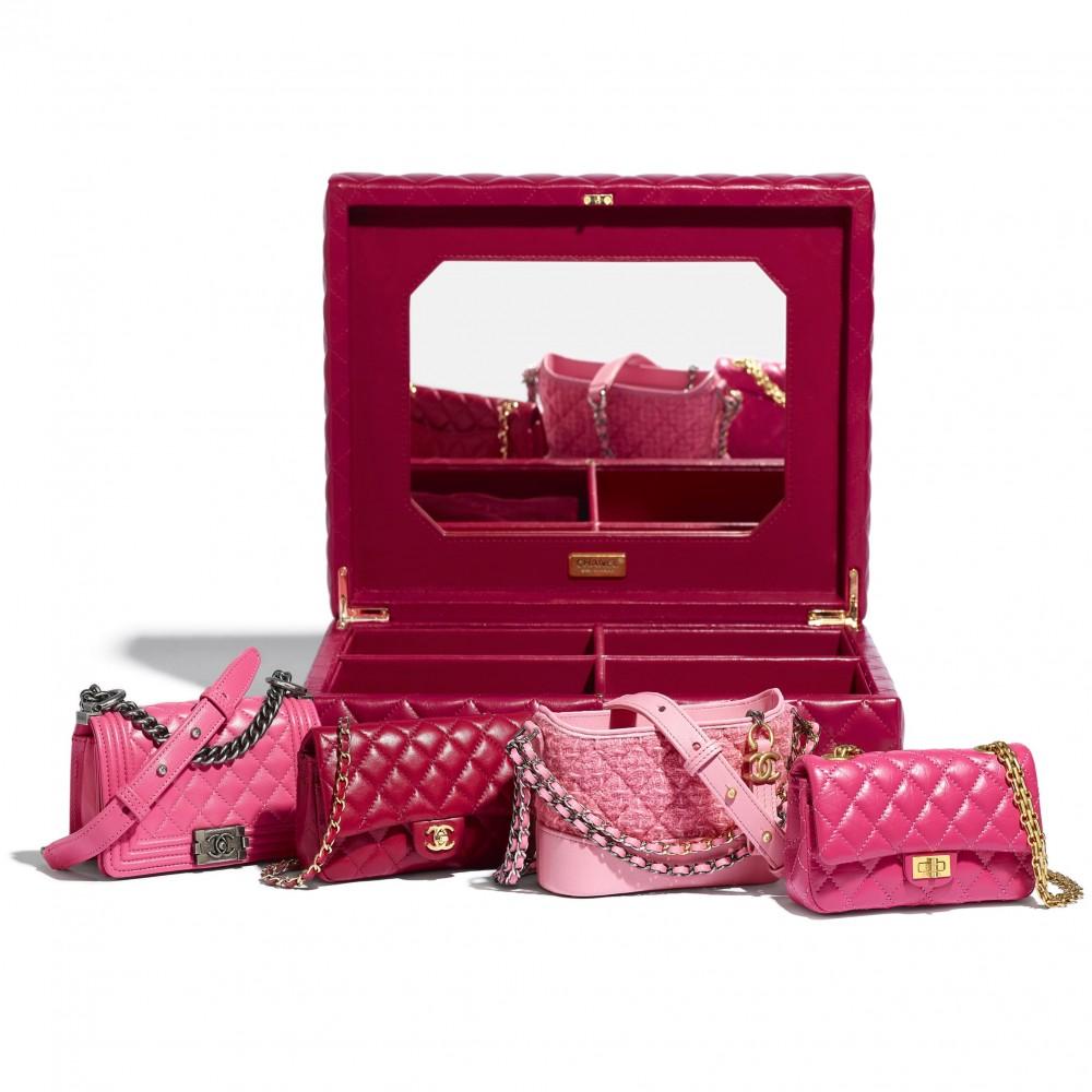 盛載4個迷你版經典香奈兒手袋的禮盒004