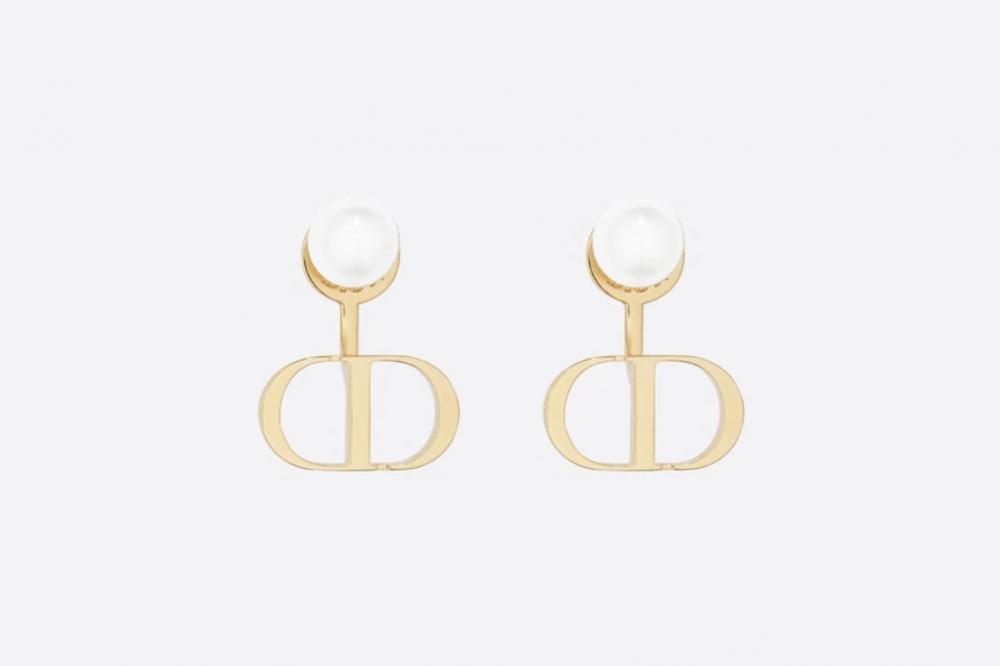 Chanel、Dior等11款珍珠耳環推薦