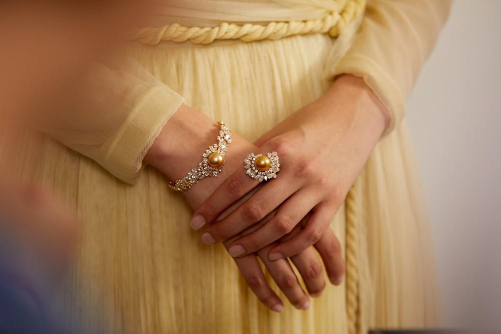 Dior的彩虹寶石 Tie & Dior高級珠寶華麗登場