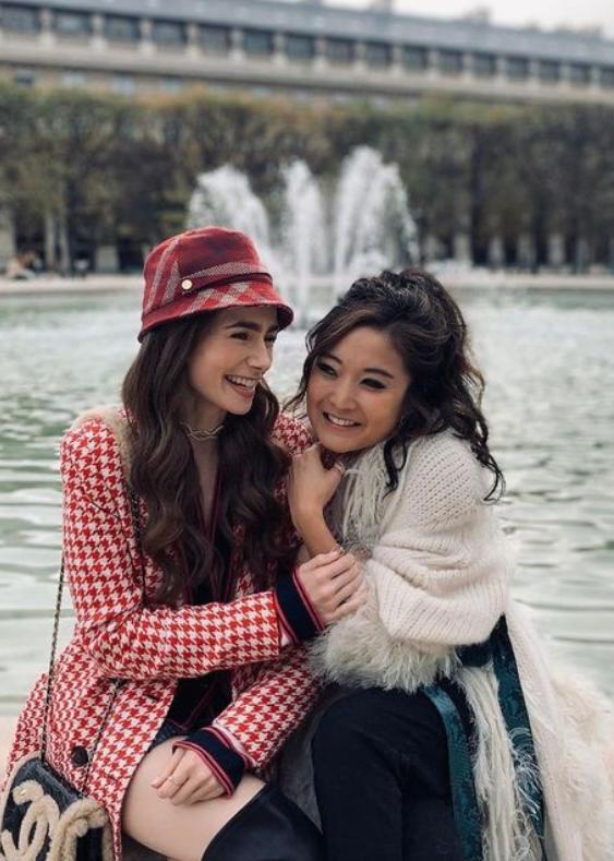 《Emily in Paris》