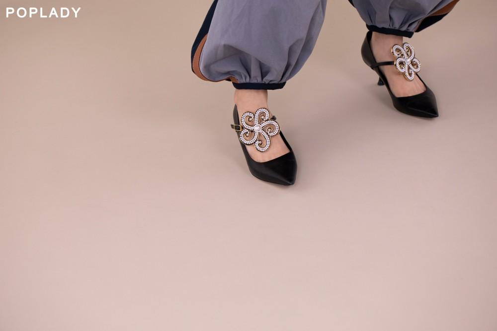 大牌秋冬流行色調 Dior、FENDI、LOEWE、Prada打造高質感時尚造型002