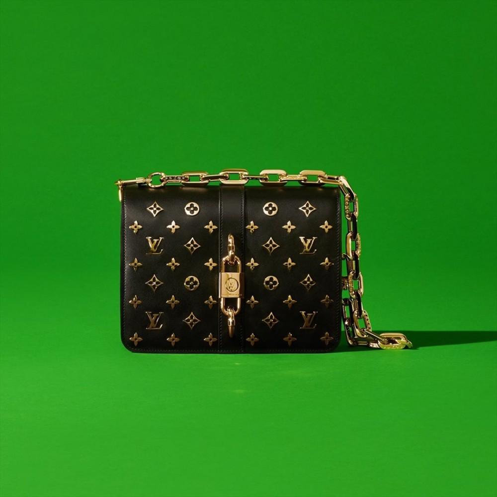巴黎同步直播:Louis Vuitton 2021春夏時裝展 新款手袋先公開
