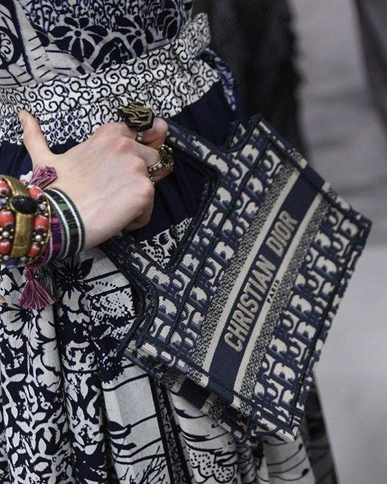 選它們就對了,Bottega  Veneta、Dior 最值得投資的保值款式!