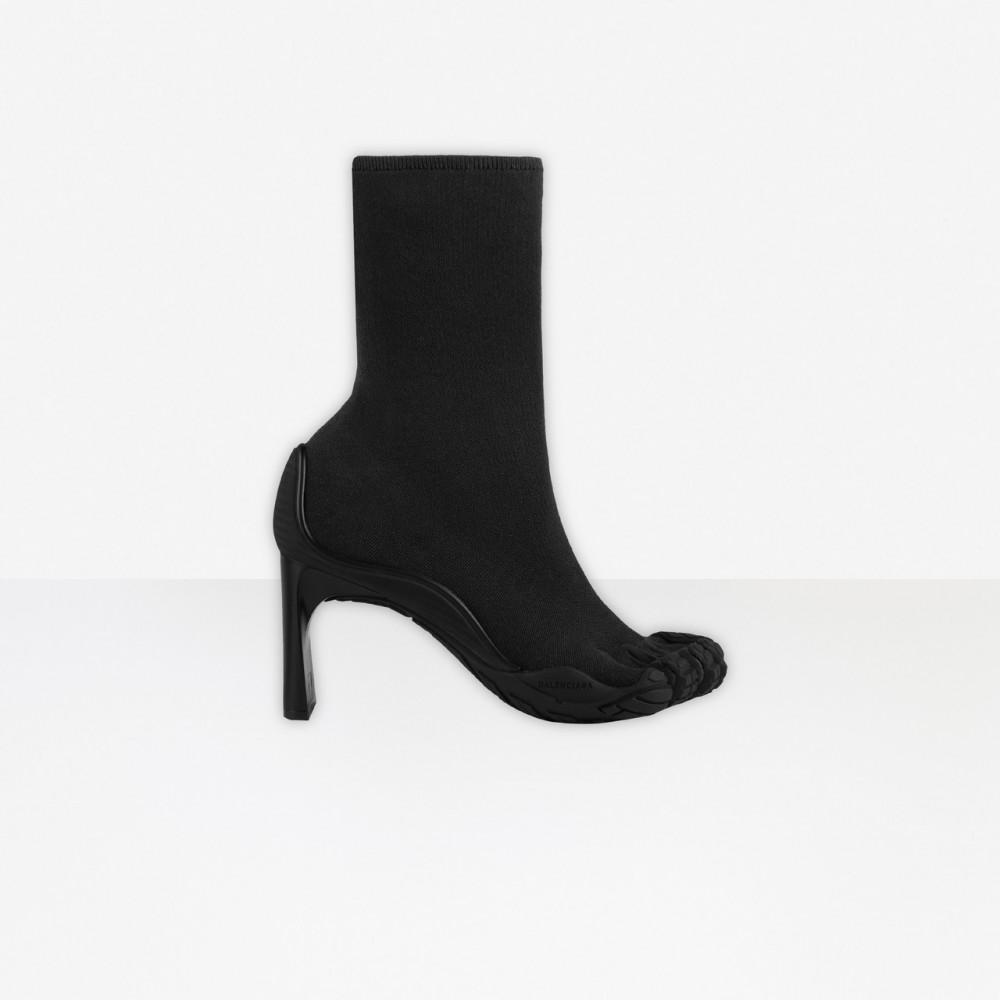 Balenciaga × Vibram怪美五趾「Toe」系列上架