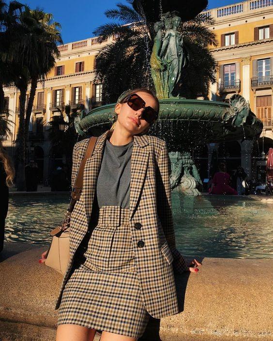 Emily in Paris秋冬時尚職場穿搭術
