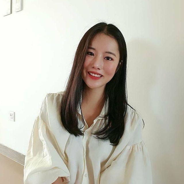 IG @lahee_kristine_hwang