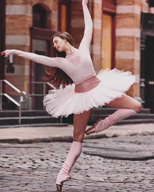 IG@balletbeautiful