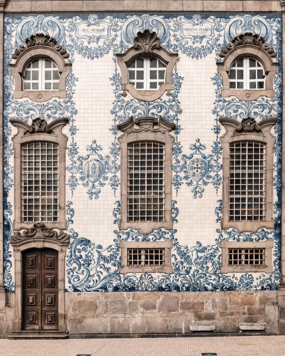 感受從容的漫步在歐洲街頭,欣賞城市的藝術門