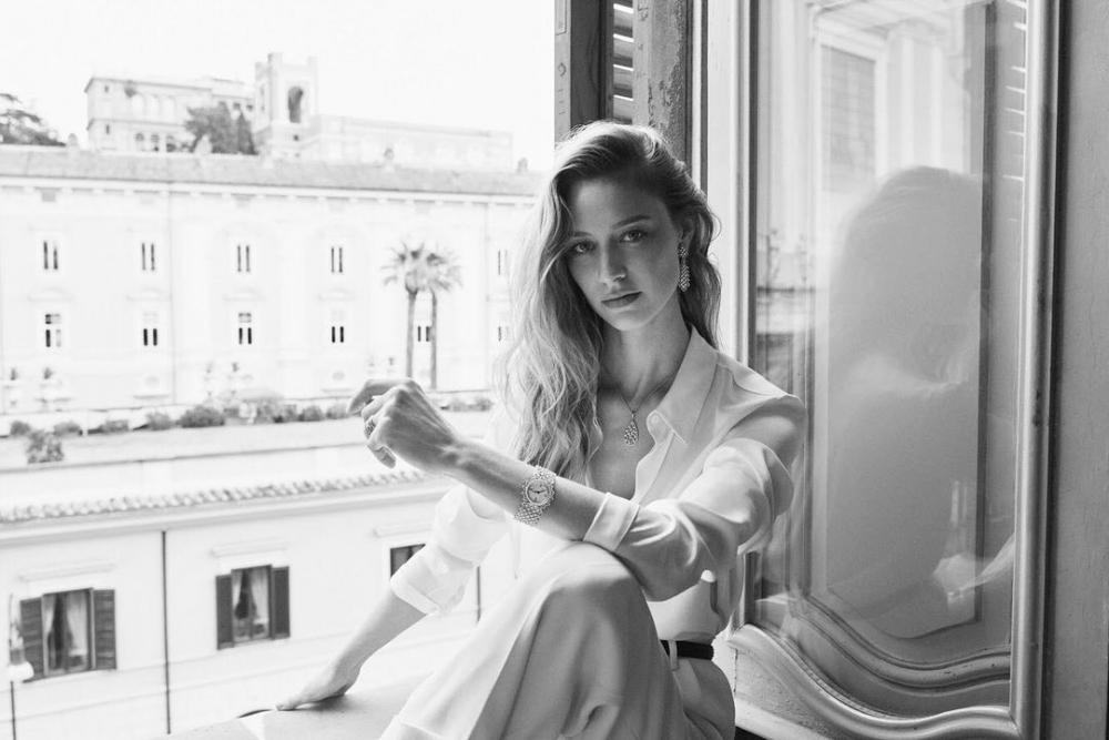 Dior品牌大使、記者、作家,無所畏懼的摩納哥王妃Beatrice Borromeo-