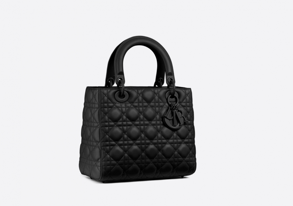 你的命定極緻黑:Dior掀起了一波全黑色熱潮,不能抵抗的Uber Black黑得太美了!