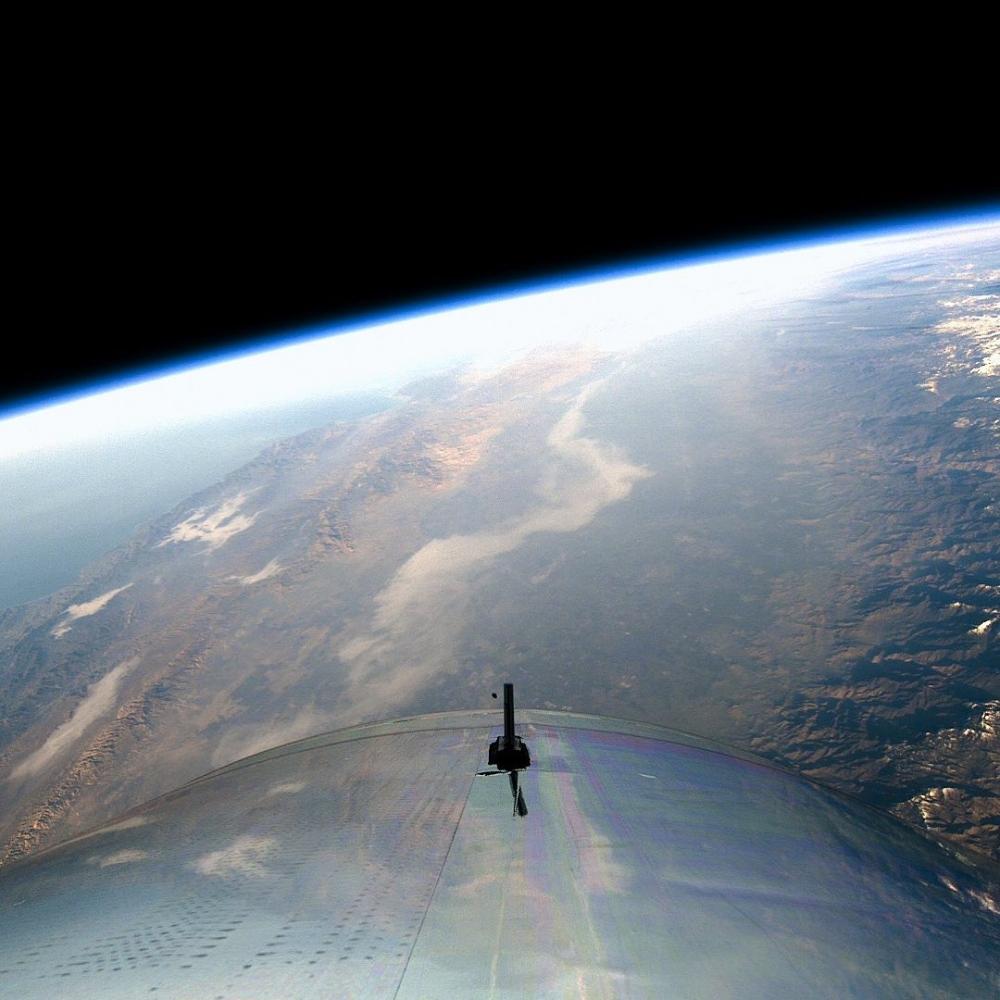 「第一位乘坐太空飛機的女性」,首席太空人指導員Beth Moses「面對夢想,你不應該將就」