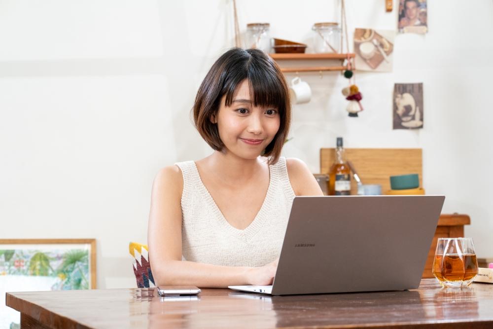 配合Microsoft 365跨裝置、跨平台使用,與同事共同編輯文件檔案