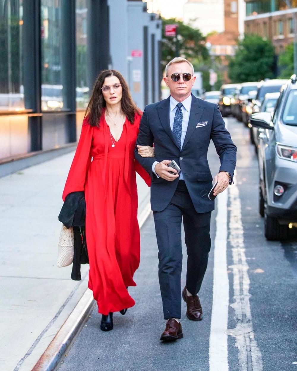 最迷人優雅的情報員夫妻,日常都成了電影場景