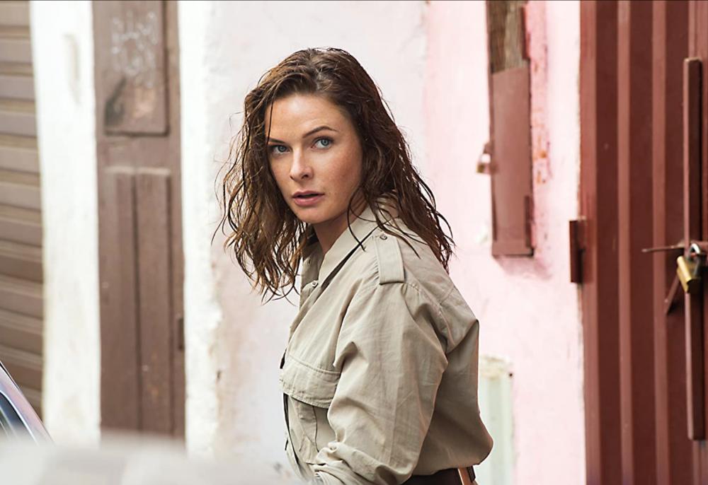 詮釋冷艷女特務的角色,在Mission:Impossible《職業特工隊》中