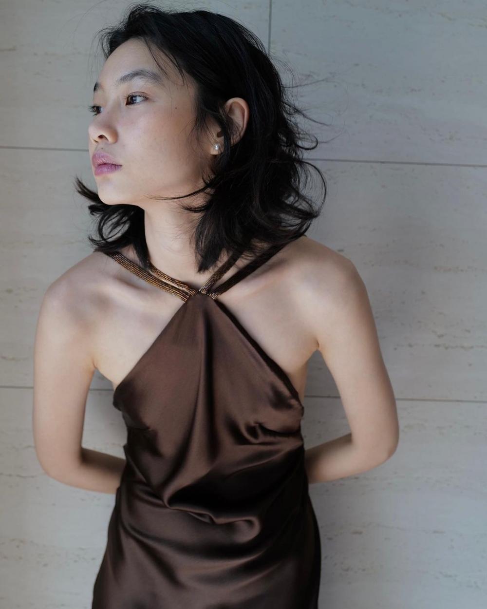 因為鄭浩妍皮膚真太好,所以她才如此放膽在《魷魚遊戲》中素顏出鏡