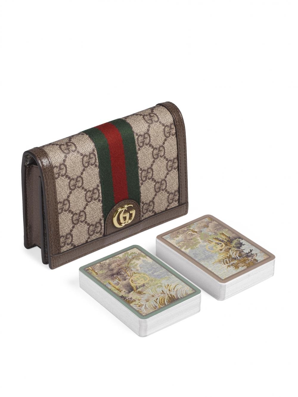 Gucci的時髦撲克牌