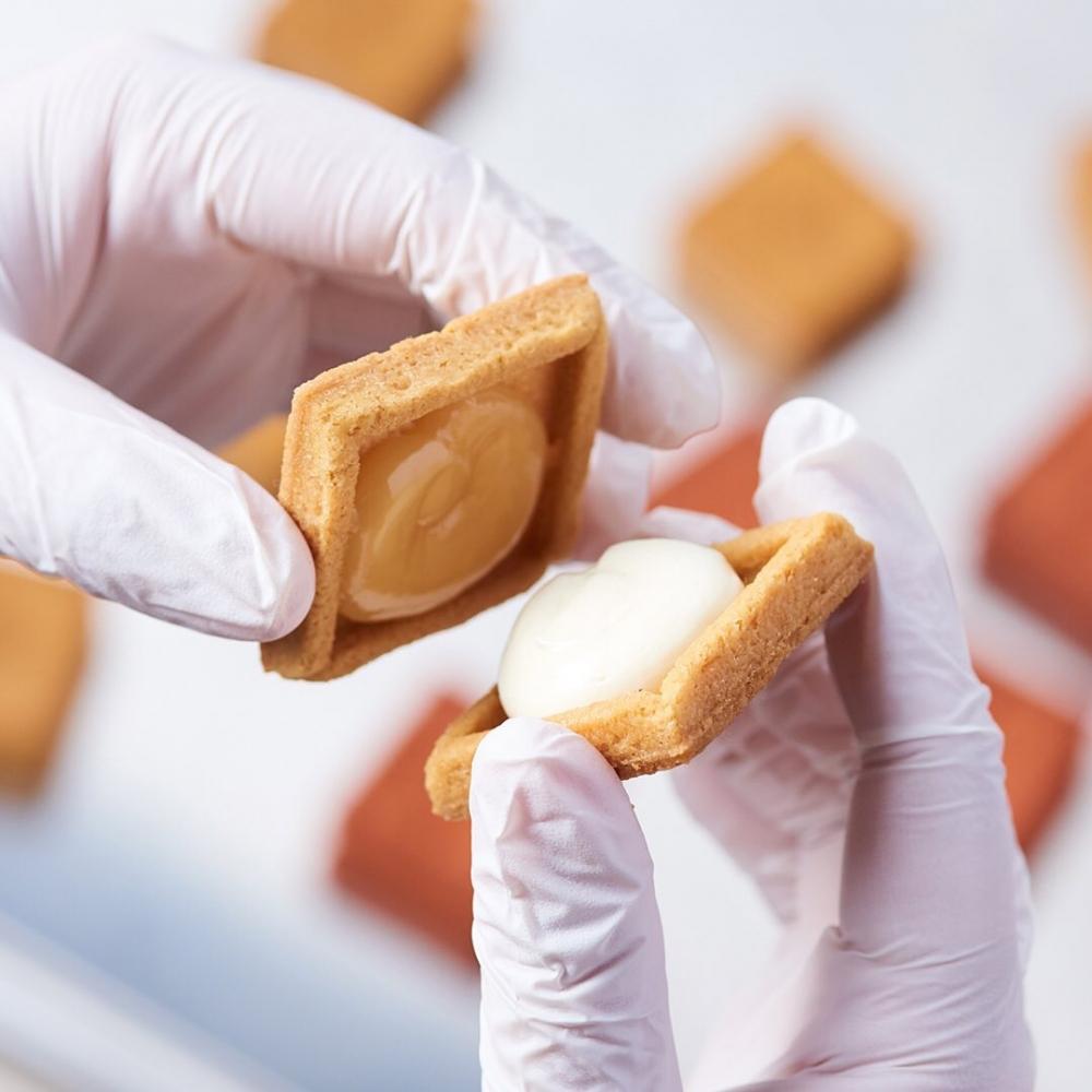 來自日本過江龍PRESS BUTTER SAND的美味。
