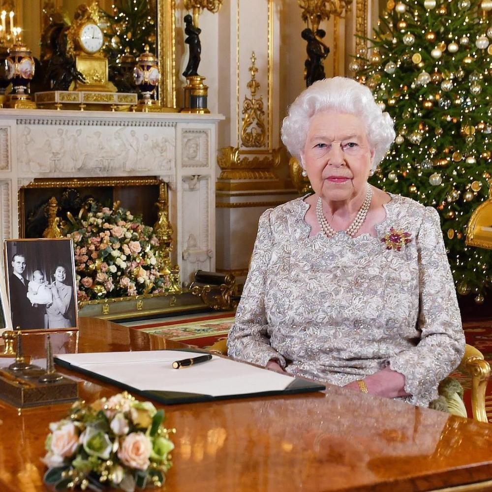 女王的工作中常常會使用到鋼筆